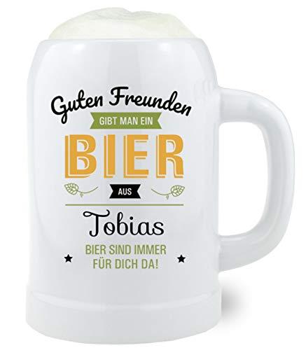 Bavariashop Bierkrug mit Gravur nach Wunsch, Aufschrift Guten Freunden gibt Man, Steinkrug, 0,5...