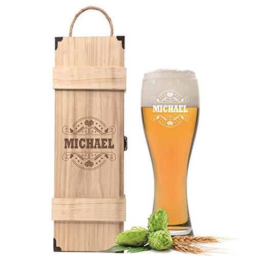 FORYOU24 Leonardo Weizen- Bierglas mit Gravur und Holzbox Motiv Patch - personalisierte Geschenke...